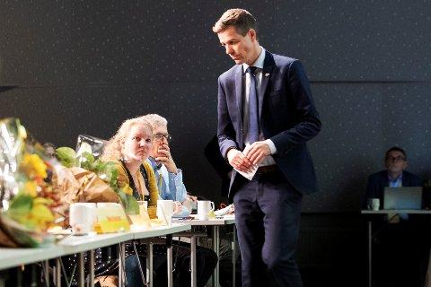 PARTILEDERENS VENSTRE HÅND: Hilde Ekeberg var sentral støttespiller for Knut Arild Hareide i kampen om partiets retningsvalg