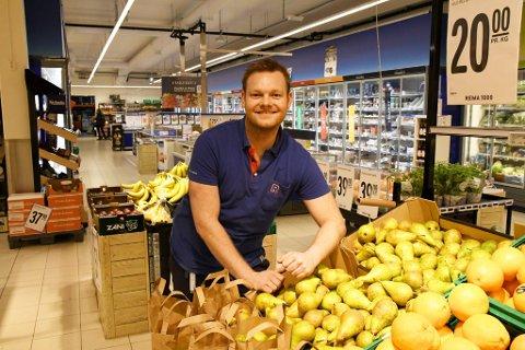 29 år gamle Daniel Tangen er den nye Rema-kjøpmannen på Otta.