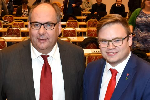 AP I TET: Fylkesråd Per Gunnar Sveen og fylkesordfører Even Aleksander Hagen kan fortsette styringen i Innlandet, dersom febraurmålingen fra Markedsinfo legges til grunn.