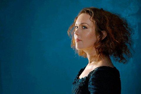 TILTRUKKET AV AFRIKA: Kristin Asbjørnsen er albumaktuell, for første gang på fem år. Med musikk inspirert av Vest-Afrika.