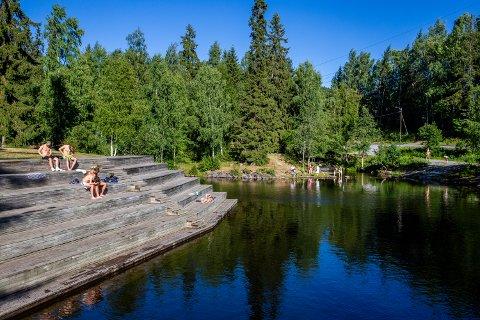Badedammen: - Målet er ikke et moderne badeanlegg, men en sikker og hyggelig badelass, skriver Solvor Engen (SV).