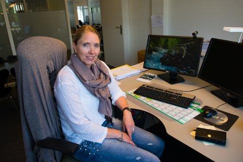 Landbruksdirektør Bente Odlo hos Fylkesmannen i Oppland forventer et rekordstort antall erstatningsøknader etter sommerens tørkekrise.