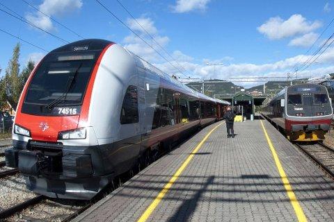 Det er innført redusert hastighet på Dovrebanen mellom Eidsvoll og Dombås inntil videre.