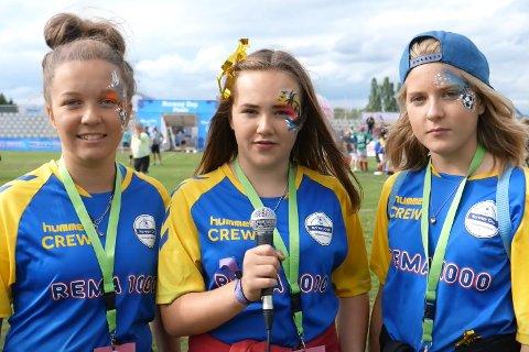 Mia Beringer Karlsen, Julia Helena Berg-Evensen og Amalie Granli Hovde fikk prøve seg som reportere under Norway Cup.