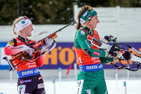 Med tre bom endte Marte Olsbu Røiseland på fjerdeplass under 10 km jaktstart for kvinner i verdenscupen i skiskyting  i Antholz, Italia.
