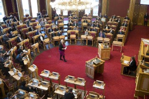 FLERTALL: For første gang leder Erna Solberg en flertallsregjering i trontaledebatt og for et nytt budsjett.