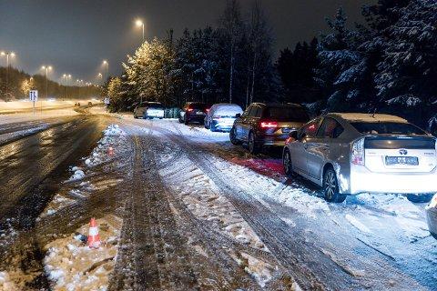 Lang, lang rekke: Seks biler ble avregistrert mens 17 biler fikk kjøreforbud.