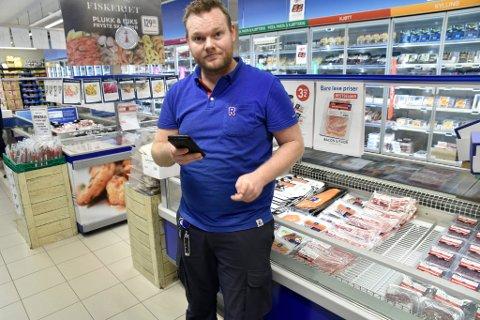 Kjøpmann Daniel Tangen på Otta forteller at det tok ikke lang tid fra meldingen om at slakteriet på Otta skulle legges ned før butikken merket forbrukermakten.