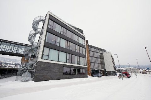 Arbeidsutvalget i nye Innlandet fylkeskommune mener hovedsetet til Statens Vegvesen bør være i lokalene på Lillehammer.