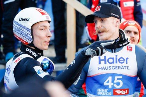 Johann André Forfang (t.v.) og Robert Johansson ble henholdsvis nummer sju og åtte i storbakke-VM.