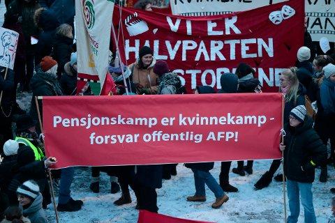 Den internasjonale kvinnedagen 8. mars har blitt markert blant anet med demonstrasjonstog over hele Norge siden tidlig 1970-tall. Dette bildet er fra Osloi fjor.