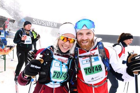KJÆRLIGHET I BIRKEN: Charlotte Holm og Magnus Andersen fra Lillehammer gjorde Skøytebirken til et felles mål. Til sommeren blir det bryllup.