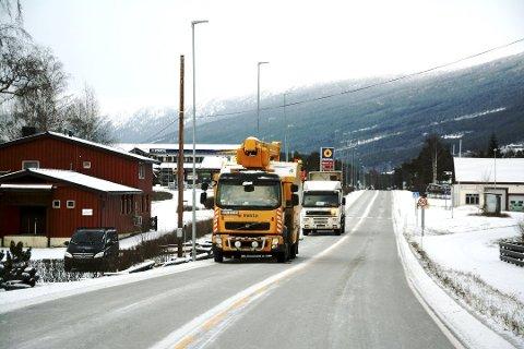 Annleiskommunen Skjåk gjev straumkundane sine nesten halv pris på kraft heile året. Det er det ingen andre kommunar som gjer.
