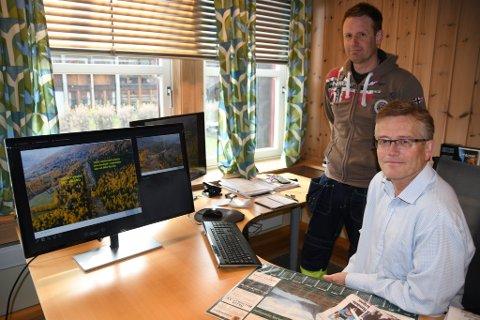 Administrerende direktør i AS Eidefoss, Hans Kolden og prosjektleder Lars Rune Melby er i gang med en søknadsprosess for å prøve å hindre økte kostnader og dyrere nettleie.