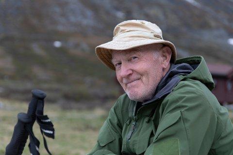 Tom Erik Rossing(75) gleder seg hele vinteren til å få være gjeter om sommeren.