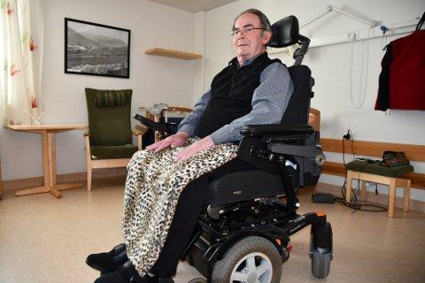 Odd Tårud (87 år) kom seg ut av det brennende sykehjemmet.