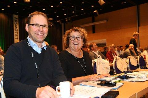 Landbruks- og matminister, Olaug Bollestad (Krf) på bondetinget i dag. Her med statssekretær Widar Skogan