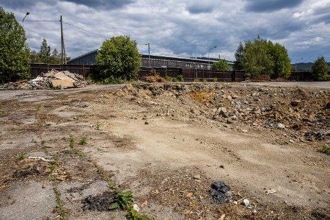 Slik ser det ut i Industrigata 29 og 31, som skal huse Lillehammers nye brannstasjon.