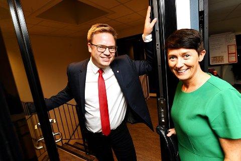 Even A. Hagen og Aud Hove er langt på veg dømt til å finne sammen. De har for lite penger til å innfri alle løfter.
