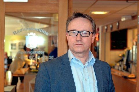 Økonomisjef Ole Rolstad i Lillehammer kommune fastslår at det blir en tøff kamp å få endene til å møtes for 2022-budsjettet.