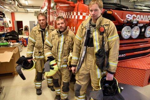 Vidar Åteigen, Terje Jonny Sveen og Oddbjørn Haugstulen har hatt deltidsstillinger i brann- og redningsvesenet i over 25 år.