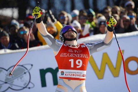 Kjetil Jansrud jubler etter seieren i Kitzbühel.