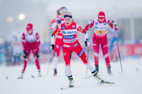 Verdens beste langrennsløpere tar turen til Lillehammer i vinter også. Her Therese Johaug fra kvinnenes stafett på Birkebeineren skistadion i 2019.