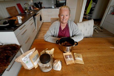 Liv Irene Halvorsen på Vingrom har sluttet med grønnsaker, brød, ris, pasta og poteter og synes livet og helsa er blitt mye bedre etter at hun gikk over til kun kjøtt og animalsk kosthold.