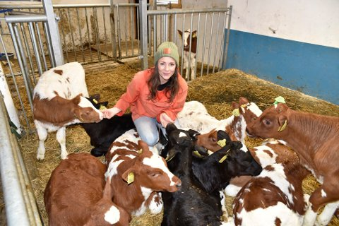 Svanhild Lyngved Solheim er glad hun flyttet fra urbane strøk til et liv på bygda.