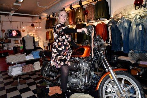 Litt ut på nyåret flytter Malin S. Bårstad butikken sin inn til Amfi Otta.
