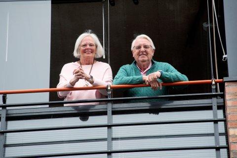 Marit Synnøve Lie Hermanrud og Svein Arild Hermanrud måtte avbryte ferien i Spania på grunn av Korona-krisen. Nå sitter paret i karantene hjemme i Lillehammer.