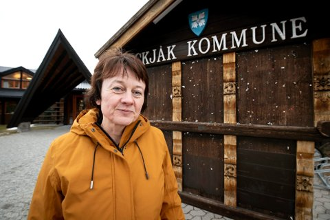 Ordfører i Skjåk, Edel Kveen (Sp) skal selv delta i protest-konvoien på Rv 15 søndag. Hun oppfordrer flere til å stille.
