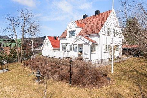 Dette er den dyreste solgte eneboligen i Lillehammer per dags dato. Datteren til selgerne, Cecilie Owren, har tatt alle bildene av huset som ble brukt i annonsen.