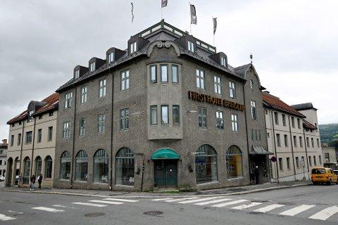 First Hotel Breiseth i Lillehammer sentrum drives videre  enn så lenge selv om driftsselskapet bak er konkurs.