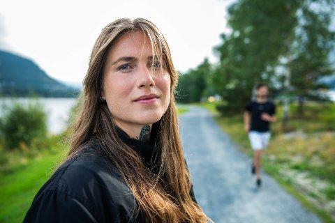 SNAKKER UT: Tidligere langrennsløper Christiane Honerud Olsen forteller om spiseforstyrrelsene hun har slitt med siden tenårene.