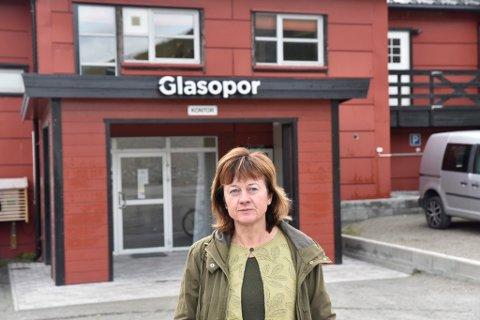 Ordfører i Skjåk, Edel Kveen (Sp) er fortvilet over situasjonen etter Miljødirektoratet varslet et krav på over 16 millioner kroner mot Glasopor AS.