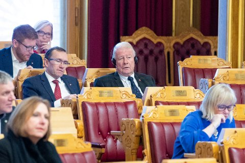 LENGTER TILBAKE: Carl I Hagen vil tilbake til Stortinget.