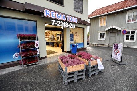 Rema 1000 i Nymosvingen i Lillehammer har fått skarp kritikk fra Mattilsynet etter inspeksjonen 4. september.