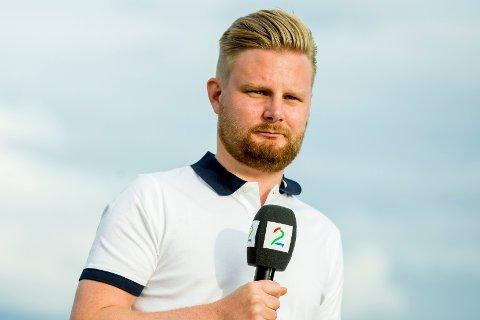 Marius Skjelbæk er kommentator i TV2.