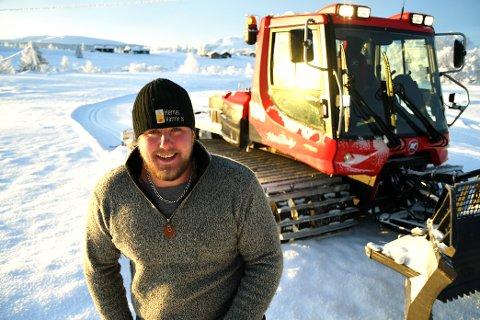 Kristian Bø (29) er ny løypekjører på Venabygdsfjellet. Selv  liker han best å være i fjellet uten ski.