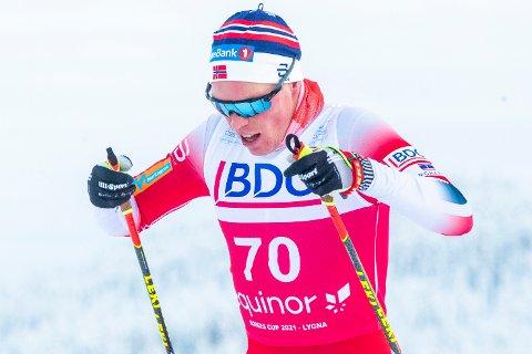 Martin Løwstrøm Nyenget under 15 km fri for herrer under Norges cup på Lygna lørdag.