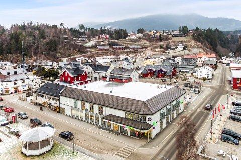 SOLGT: 1. november overtar Birger Sand Bakke denne og to andre sentrale forretningseiendommer i Ringebu sentrum.