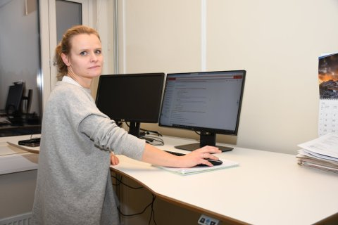 ANBEFALER MUNNBIND: Cecilie Blakstad Eikenes og de andre kommuneoverlegene vil anbefale bruk av munnbind på Sjusjøen og andre kontaktpunkter langs E6 i påsken.
