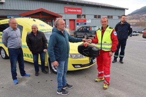 Daglig leder Nils Fosstuen, Ståle Bøje og styrelder i Ottadalen Mølle SA, Sigurd Sveen sammen med Geir Morten Bøje og Brage Engdal.