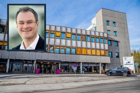 REFERANSEALTERNATIV: Helse sør-øst må sammenlikne forslag til ny sykehusstruktur med en utredning av dagens struktur. HSØ-sjef Jan Frich vil trekke inn nytt sykehus i Hamar i den sistnevnte utredningen.