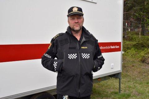 Roger Haugen er innsatsleder i leteaksjonen søndag.