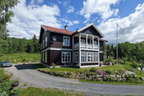 Tømmervillaen, som tidligere var den gamle skolen i Gausdal, er nå solgt.