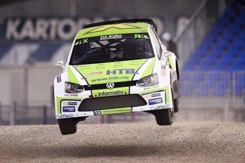 FULL FRES: Tommy Rustad ledet EM-finalen fra start til mål og sikret seg EM-gullet i rallycross med god margin. FOTO: Dave Smeets