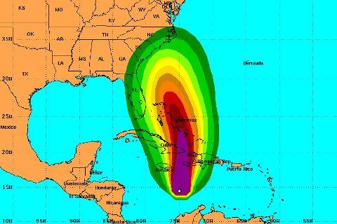 """""""MATTHEW"""": Det tropiske uværet slik det amerikanske orkansenteret tror det vil utvikle seg de neste fem dagene."""