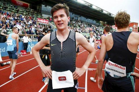REKORD: Jakob Ingebrigtsen satte verdensrekord for 15-åringer på Bislett i juni. I august kommer han til Brandbu for å løpe junior-NM. BEGGE Foto: Heiko Junge, NTB scanpix
